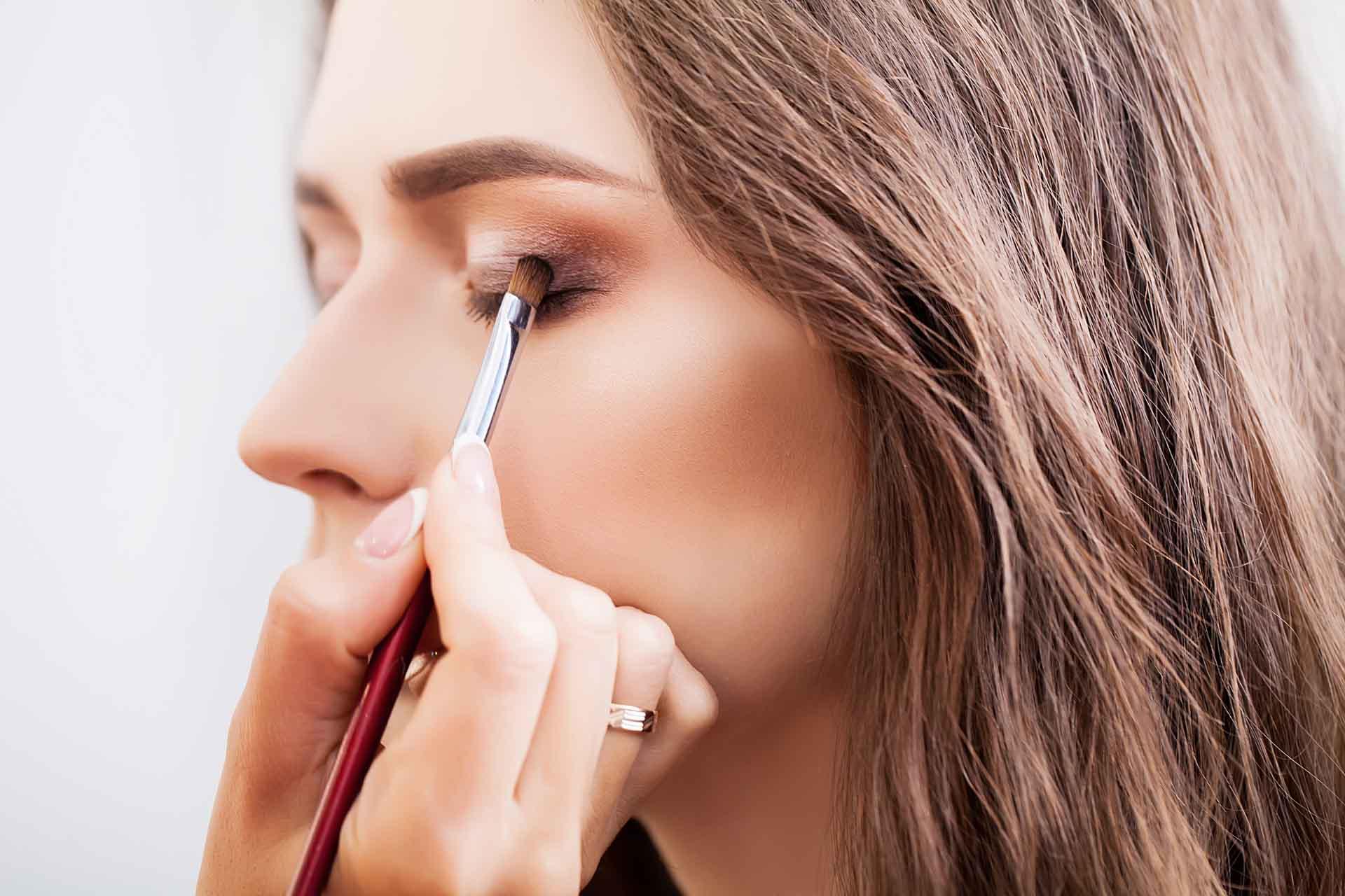 Eyebrow / Eyelash Tinting